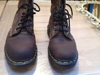 Dr Martens Doc Martens Brown Nubuck oily leather 8 eyelet size 7 vgc
