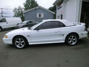 1994 Ford Mustang GT Convertible 5.0 89000 kms like new