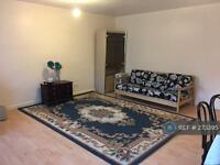 2 bedroom house in Clements Road, Ilford, IG1 (2 bed)