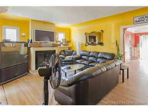 2bdrms in a Pet Friendly Furnished Downtown 4 bdrm House