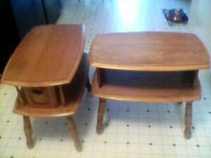 Solid wood end tables ,great shape Cambridge Kitchener Area image 1