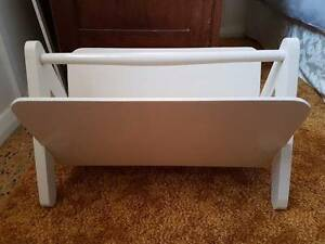 WHITE MAGAZINE HOLDER RACK -TIMBER & PLY- USED - FRESHLY PAINTED Georgetown Newcastle Area Preview