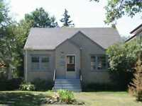 5 Bedroom House Close to U of A