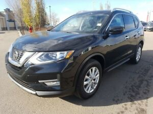 2018 Nissan Rogue AWD SV Heated Seats,  Sunroof,  Back-up Cam,
