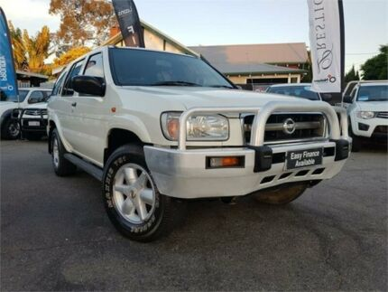 2004 Nissan Pathfinder MY03 ST (4x4) White 4 Speed Automatic Wagon Mount Hawthorn Vincent Area Preview