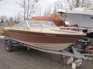 Boat trailer 19 ft/Remorque de bateau 19ft