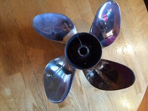 Stainless Steel 4 blade Prop off 200 HO  Evinrude
