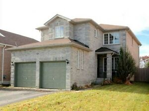 Detached House for Rent in North West Barrie