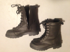 Ladies Motorcycle boots - ROADKROME size 8
