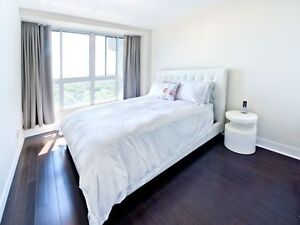 Downtown Montreal, New, spacious, contemporary Suites
