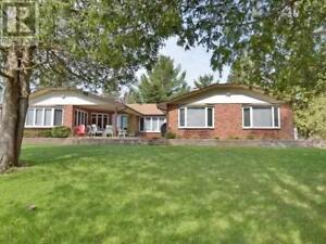88 PINEWOOD BLVD Kawartha Lakes, Ontario