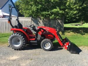 Massey Ferguson 24hp Compact Tractor - 3 DAY SALE!!!