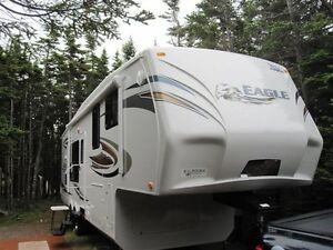 2011 Jayco Eagle 35 Ft. Fifth Wheel .Excellent Condition