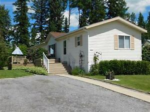 East End Mobile Home on Town Lot - Edson, AB