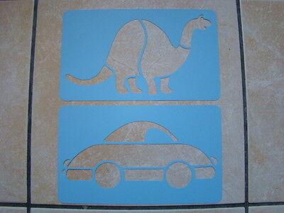 Neu Pack von 2 Schablonen Auto + Dinosaurier Malbuch Dekoration Scrapbooking ()