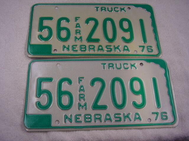 1976  NEBRASKA  TRUCK  FARM  PAIR  LICENSE PLATE