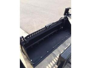 "84"" TMG INDUSTRIAL 4 in 1 BUCKET"