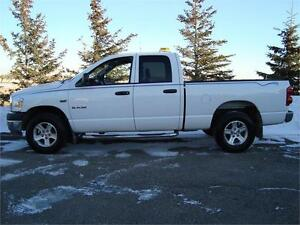 2008 DODGE RAM 1500 SLT QUADCAB SHORTBOX 4X4 5.7L HEMI  $9,975.