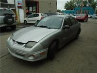 2004 PONTIAC SUNFIRE/ $900 CARSRTOYS AT 514-484-8181