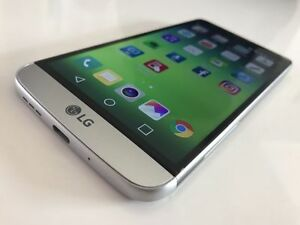 LG G5 32 GB in Original Box - w/ Case - ROGERS / FIDO / CHATR