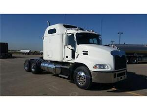 "Mack CXU613 70"" MR"