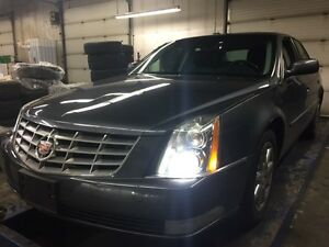 2011 Cadillac DTS Luxury II
