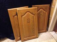 3 portes d'armoire en chêne