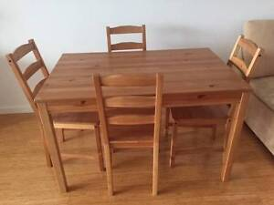 Dinning table and 4 chairs Rivervale Belmont Area Preview