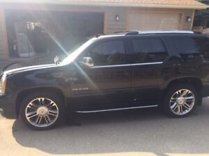 2013 Cadillac Escalade Luxury, Low KM, Limited Ed. Supercharged