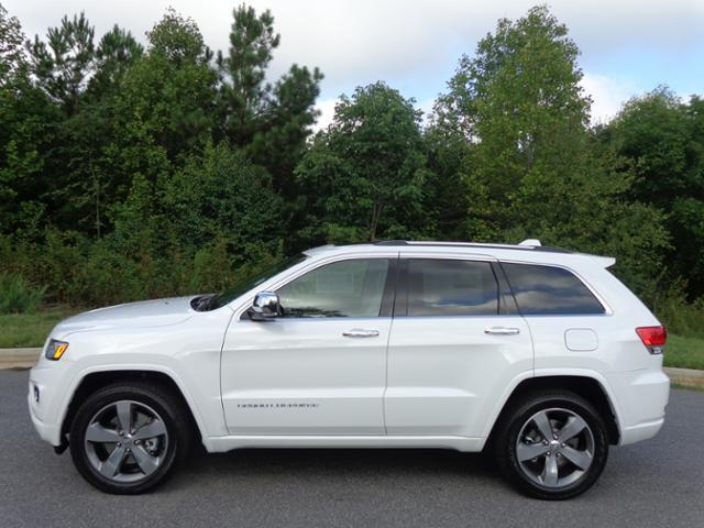 new 2015 jeep grand cherokee overland 4wd ecodiesel sunroof new jeep grand cherokee for. Black Bedroom Furniture Sets. Home Design Ideas