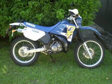 Yamaha Dt 200r dirt bike