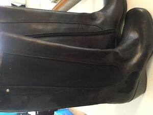 Brand New Rockport Boots - Never worn