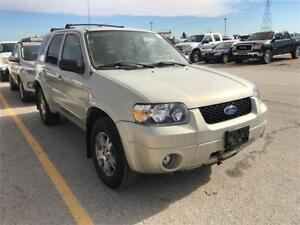 2005 Ford Escape Limited 4WD! Leather! Heated Seats! Clean Title