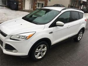 2016 FORD ESCAPE ECOBOOS AWD 105 KM 16980$ FINANCE MAISON 100%