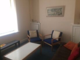Room to rent £50 only