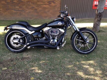 For Sale 2014/15 Harley Davidson Breakout  Tamworth 2340 Tamworth City Preview