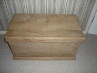 Old Pine Blanket Chest