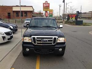 "4X4|LOW KMS|JUST ARRIVED!!"" London Ontario image 3"