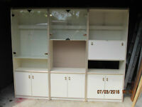 Entertainment unit with lighted display