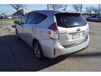 Miniature 3 Voiture American used Toyota Prius V 2016