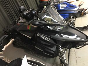 NEW 2013 ARCTIC CAT XF 800 CROSSTOUR WITH 2 YEAR WARRANTY