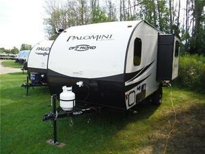 2017 Palomini 179RDS Ultra Lite Travel Trailer with Slideout Stratford Kitchener Area image 2
