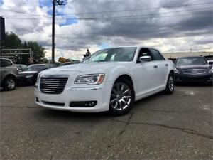 2013 Chrysler 300C w/Heated Seats, USB Connect, $129B/W