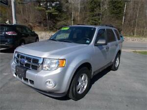 2011 Ford Escape XLT Loaded $45 Weekly Tax Inc.