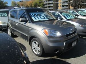 2010 Kia Soul 2u- 5 Speed!