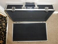 Stagg UPC 500 ABS flight case pedal board VGC