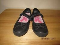 Startrite Girls Leather Black Shoes Size 1F