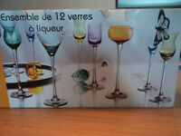 verres à cocktail / liquor glasses