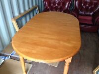 Wooden Table - Extendable & SCRATCH FREE