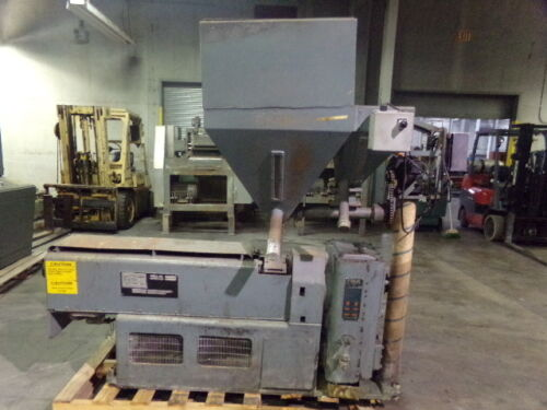 """Gloucester Engineering Co 1 ½"""" Vented Lab Extruder Model 2021-001 w 30 HP Relian"""